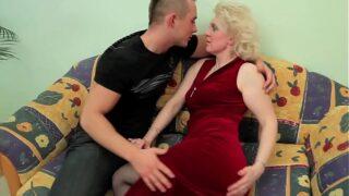 Porno Abuelas Rusas Follada por el Nieto